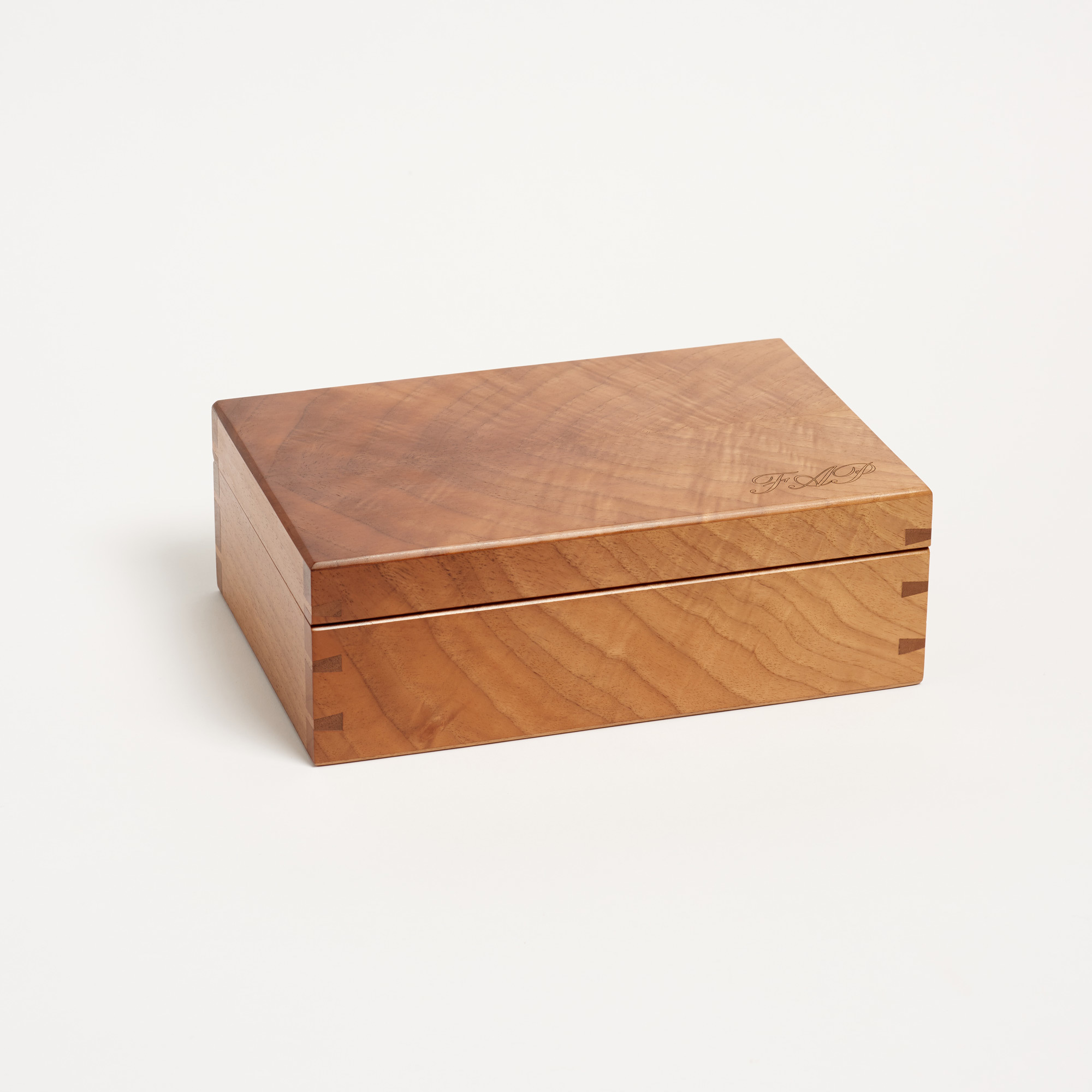 English Walnut Keepsake Box English Walnut Keepsake Box