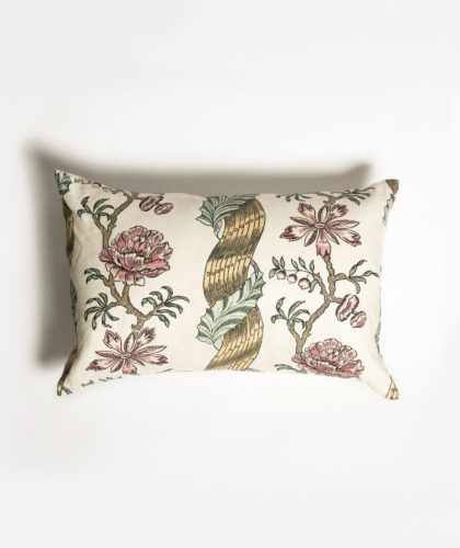 The Garnered - Rose Cushion Antoinette Poisson The Garnered 001