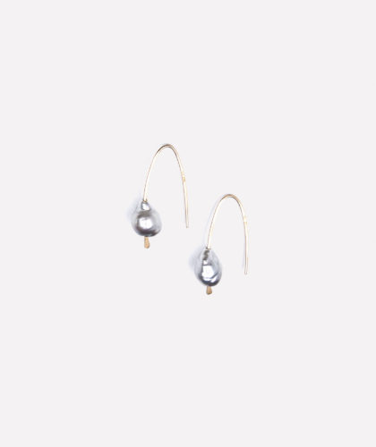 The Garnered - Silver Tahitian Pearl Drop Earrings Mary Macgill Jewellery The Garnered 02