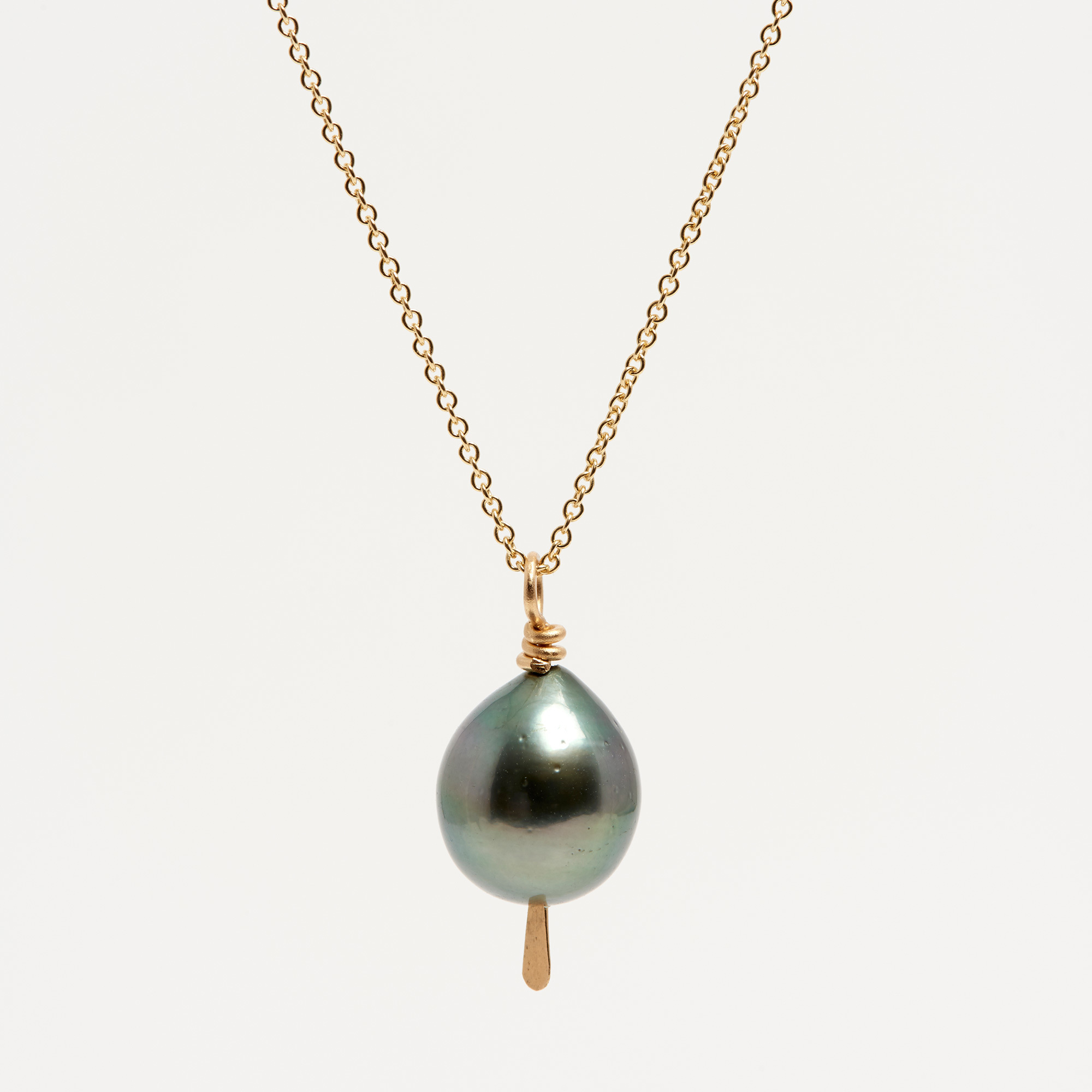 Pearl Jewellery Necklace >> 14K Gold Black Tahitian Pearl Drop Necklace | The Garnered