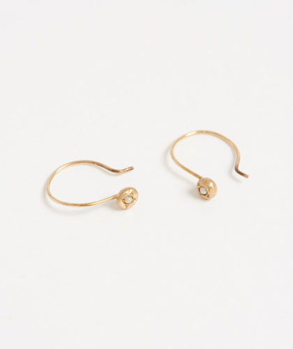 The Garnered - Gold Pearl Drop Earrings Rebecca Peacock Jewellery The Garnered 4