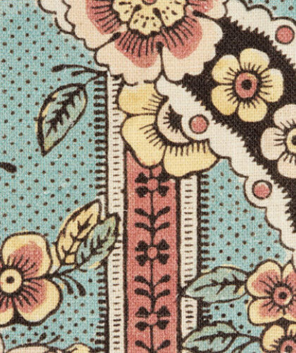 The Garnered - Antoinette Poisson Fabric Guirlandes De Fleurs The Garnered Thumbnail