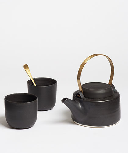 The Garnered - Arielle De Gasquet Matte Black Teapot Set The Garnered Thumb