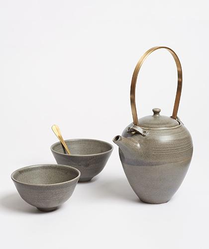 The Garnered - Arielle De Gasquet Handmade Teapot Bowl Set Grey The Garnered 2