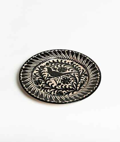 The Garnered - Black 26Cm Classic Plate Casa Lopez Ceramics The Garnered Thumbnail