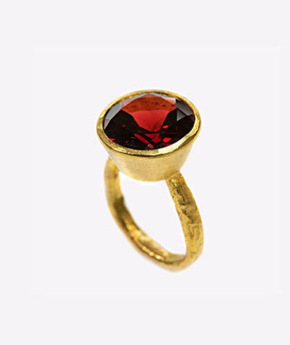 The Garnered - Disa Allsopp Fine Handcrafted Jewelry 18 K Gold Garnet Ring The Garnered Thumbnail 2